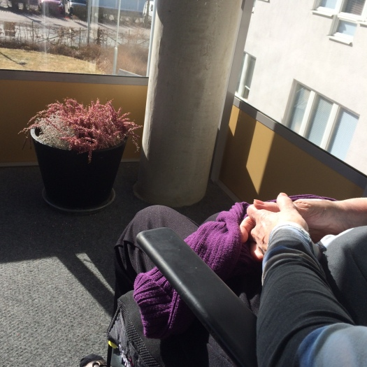 sol på balkongen